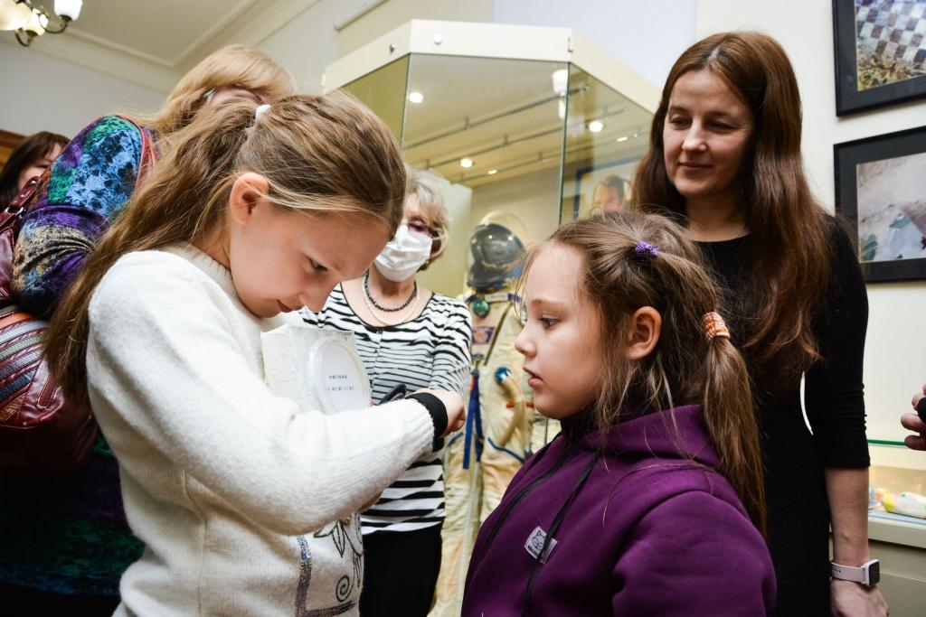 В Твери в краеведческом музее презентовали космическую выставку